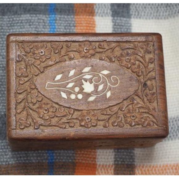 Vintage Carved Wooden Box Inlaid Jewelry Box